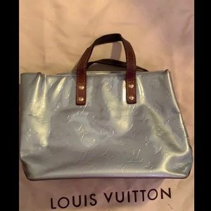 Louis Vuitton small patent leather bag